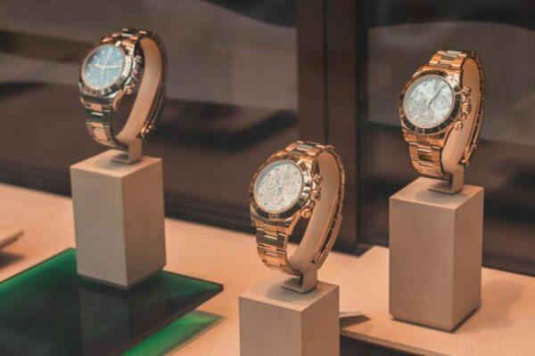 Buying Luxury Watches